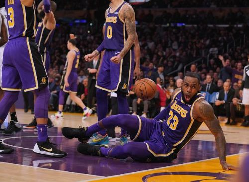The Lakers are back in playoff contention