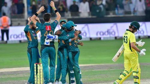 Pakistan clean swept Aussies 3-0 in UAE