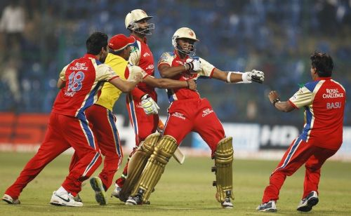KB Arun Karthik (C) pulled off a memorable last-ball six during the 2011 CLT20