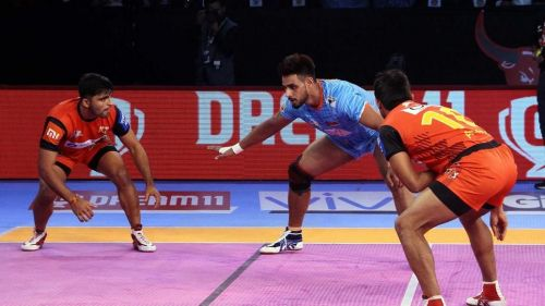 Maninder Singh is in terrific raiding form and would look to continue it against the Haryana Steelers.