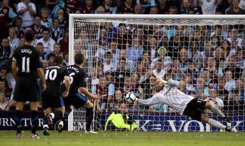 Michael Carrick rues his missed penalty against Burnley in 2009