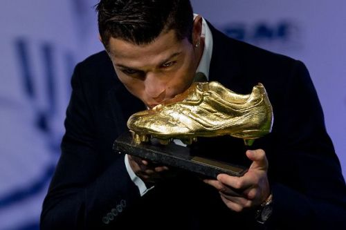Cristiano Ronaldo receives a Golden Boot award