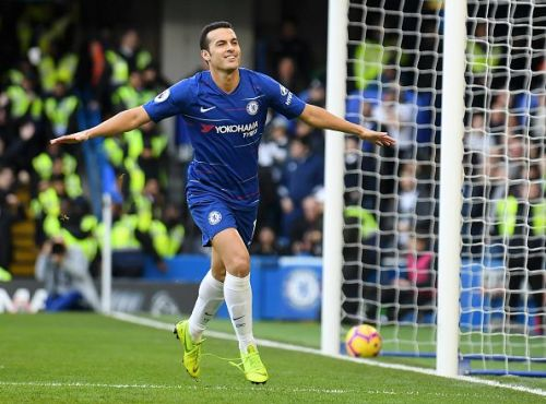 Pedro scores Chelsea's first goal within four minutes from kickoff