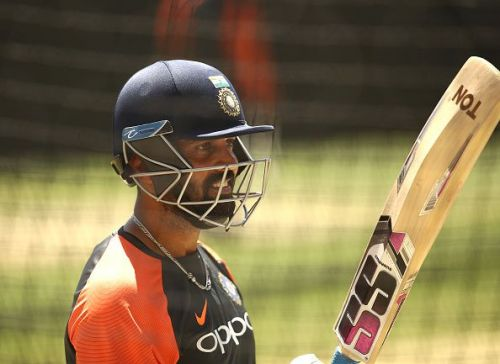 Vijay has to deliver at Perth to cement his place in the squad
