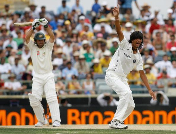 Ishant Sharma relentlessly troubled Ricky Ponting at the WACA