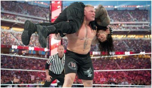 Brock Lesnar vs Roman Reigns at Wrestlemania 31