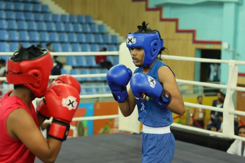 Devika Ghorpade from Maharashtra (in blue) in action at Khelo India Youth Games