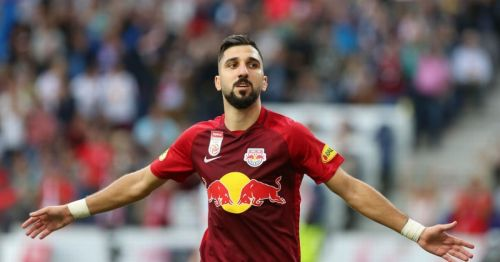 Moanes Dabour in action for Red Bull Salzburg