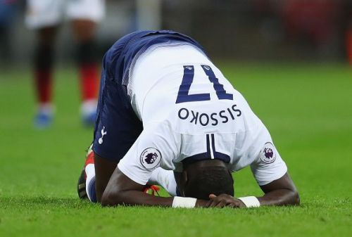 Tottenham Hotspur v Manchester United - Sissoko with an apparent Hamstring Injury