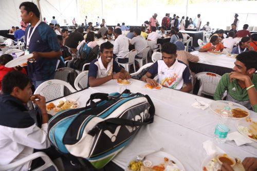 Athletes of Khelo India Youth Games at the dining hall
