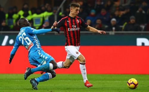 Piatek in action for Milan