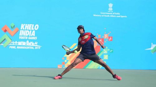 Aryaan Bhatia semifinal win ensured Maharashtra's race for tennis gold.