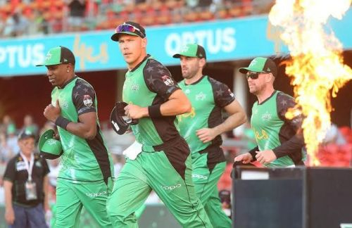 Nic Maddinson will lead Stars in Maxwell's absence.