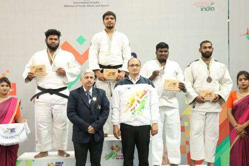 (L-R) Yash Patel (Guj), Sachin Malik (Delhi), Krishan Raj R.(Ker) and Vaibhav P(Mah) during the medal ceremony of Boys U-21 Above 100kgs at Khelo India Youth games