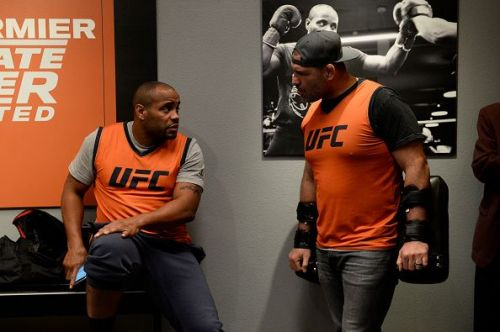 Cain Velasquez and Daniel Cormier interact backstage at The Ultimate Fighter: Undefeated