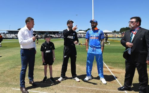 Two captain's during toss