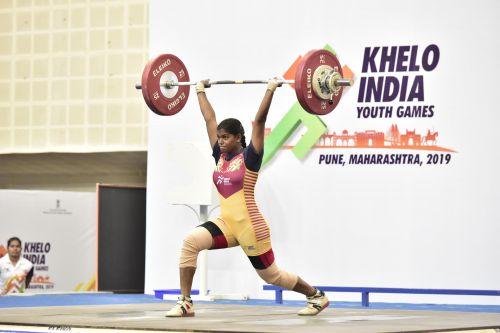 U-21 Women's 71kg gold medal winner Akshata Kamati (Karnataka) in action at Khelo India Youth Games
