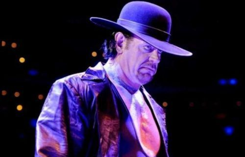 Will The Undertaker show up this week on Raw to announce himself in the Royal Rumble match?
