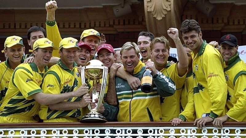 A victorious Australian team with the 1999 World Cup trophy.