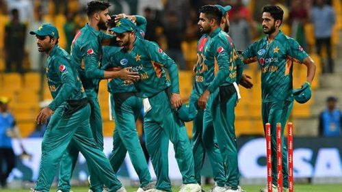 Pakistan eye revival in first ODI