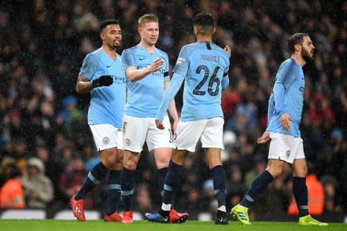 Can Manchester City close the gap to just a single point?