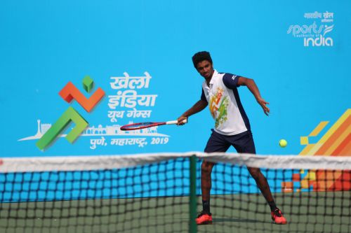 S. Manish of Tamil Nadu in action at Khelo India Youth Games