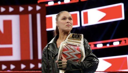 Ronda Rousey versus Sasha Banks. Who wins?