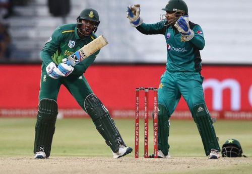 Sarfraz was in Phehlukwayo's ear right throughout the latter's innings at Durban
