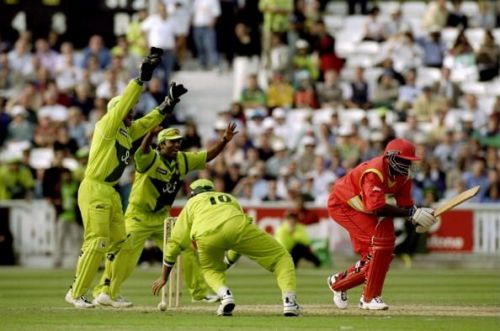 Pommie Mbangwa was the last batsman dismissed in Mushtaq's hattrick