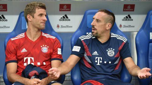 Thomas Muller and Franck Ribery - cropped