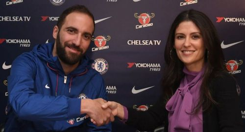 Gonzalo Higuain signs for Chelsea on a six months loan deal