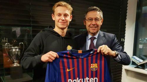 Barcelona's latest signing - Frenkie de Jong