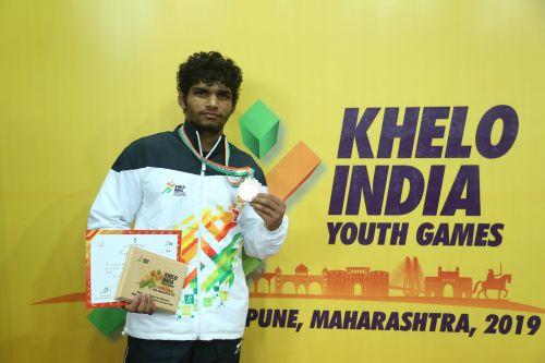 Boys U21 61kg gold medallist Ravinder (HR) at Khelo India Youth Games