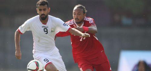 Ala Al-Sasi in the white jersey for Yemen (Image Courtesy: Ghanasoccernet)
