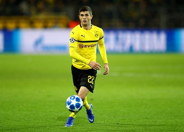 Christian Pulisic bought by Chelsea and Loaned back to Borrusia till the end of season