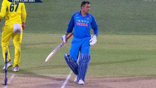 Dhoni's illegal run issue