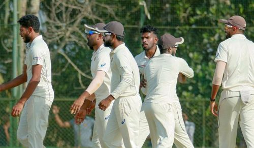 Kerala beat Gujarat to qualify for the Ranji Trophy semi-finals for the first time in their history