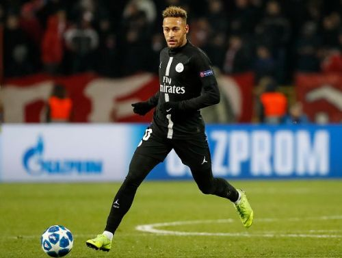 Neymar denies rumour links with Real Madrid