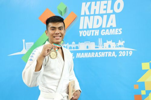 Maharashtra's Dev Thapa with his gold medal in Judo Under-17 boys below-66kg category at Khelo India Youth Games