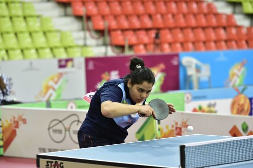 Anusha Kutumbale(MP), the gold medal winner in Table Tennis U-17 Girls' Singles