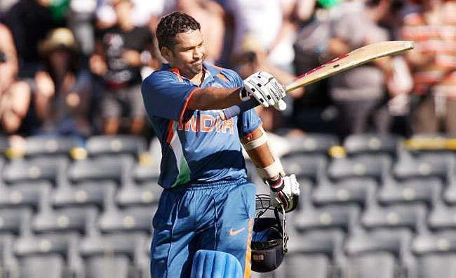 It turned out to be the last ODI match of Sachin in New Zealand.