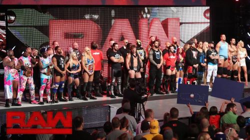 RAW's first episode of the New Era aired on 25/7/16
