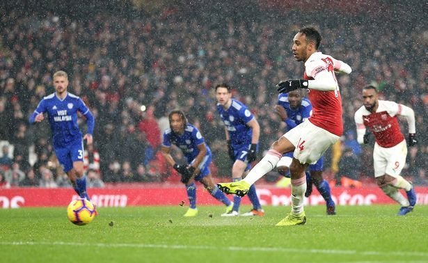 Arsenal rekindled top 4 hopes with a 2-1 win