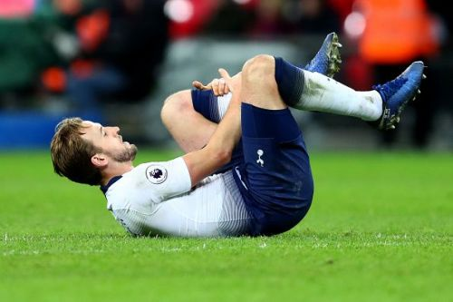 An injury to the league's joint-top goalscorer has caused a headache for 30% of FPL bosses!