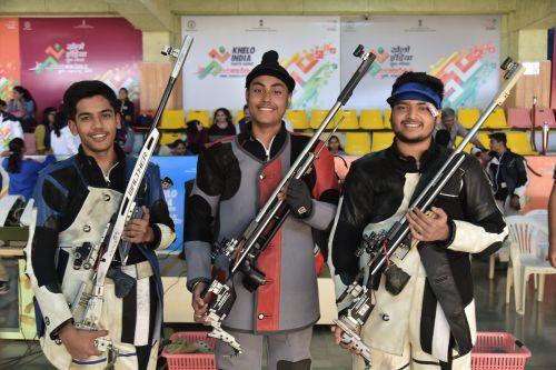 (L-R) Silver medallist Aishwarya Pratap Singh Tomar (MP) , Gold medallist Sartaj Singh Tiwana (Punjab) and Bronze medallist Harshit Binjwa (MP) during Boys under-21 3-position rifle event at Khelo India Youth Games