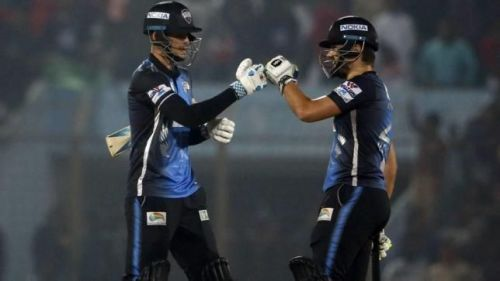 Hales and Russouw's incredible partnership saw the Riders post 239/4
