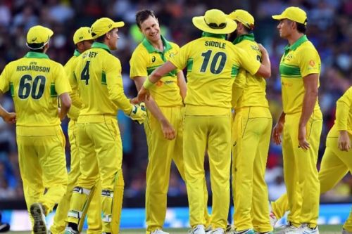 Can the rampant Aussies continue their great form in the retro outfits and win the series?
