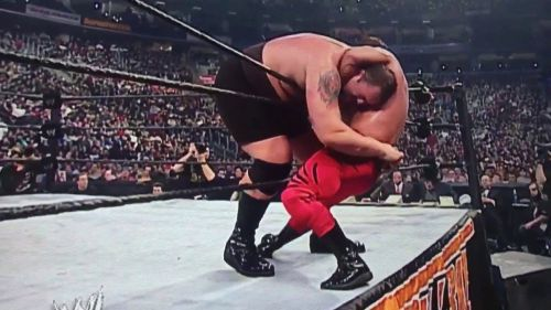Chris Benoit eliminated Big Show to win the 2004 Royal Rumble