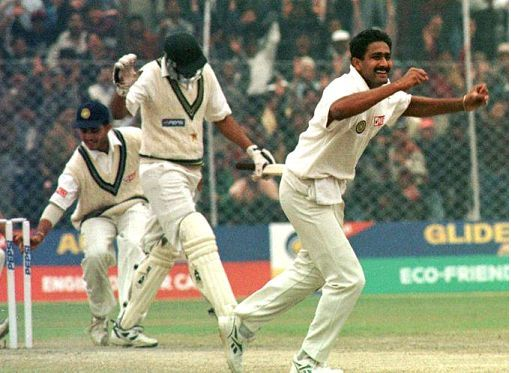 Anil Kumble takes 10 wickets in an innings against pakistan