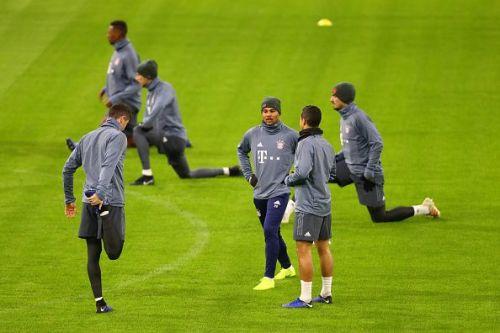 FC Bayern Munchen will be hoping to put pressure on runaway leaders Borussia Dortmund